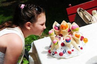 В Одесі встановлено рекорд із поїдання морозива