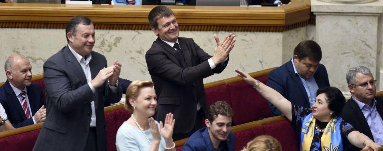 Один прогуляний робочий день нардепів обійшовся українцям у 2,7 мільйона гривень
