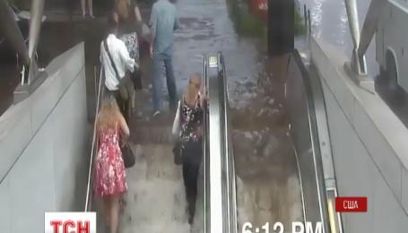 Одну из станций вашингтонской подземки затопило во время шторма