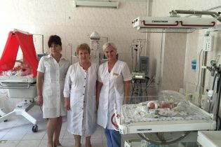 Одеситці, яка народила одразу п'ятьох дітей, подарували квартиру