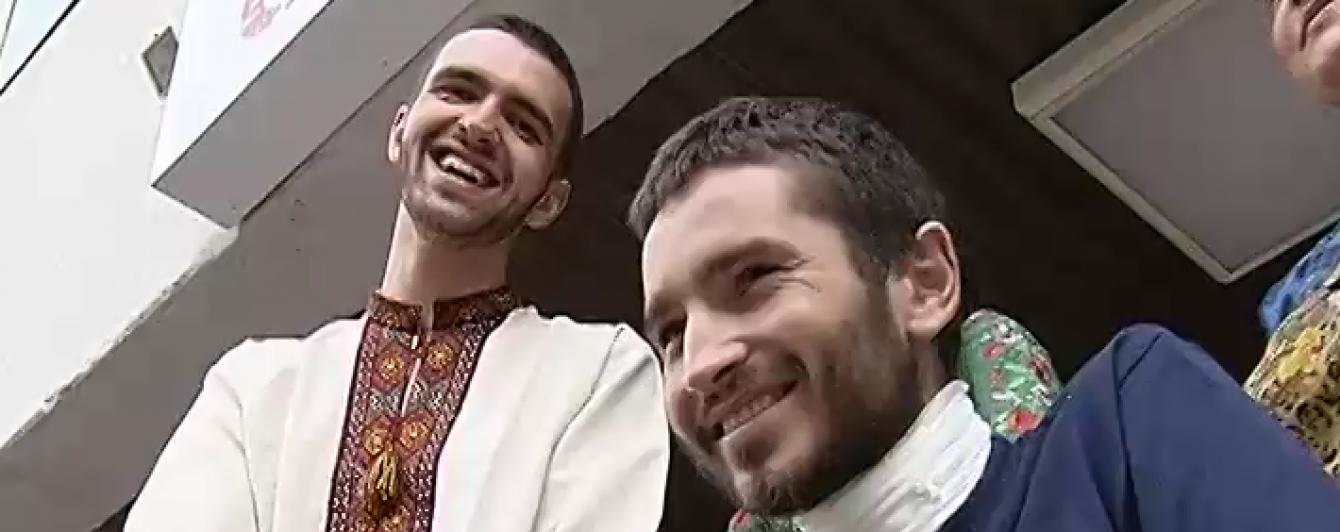 Як дві краплі води. Двоє бійців АТО із різних куточків України схожі, наче близнюки