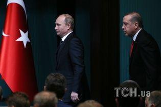 Эрдоган летит на встречу с Путиным после авиаудара по турецкому конвою в Сирии