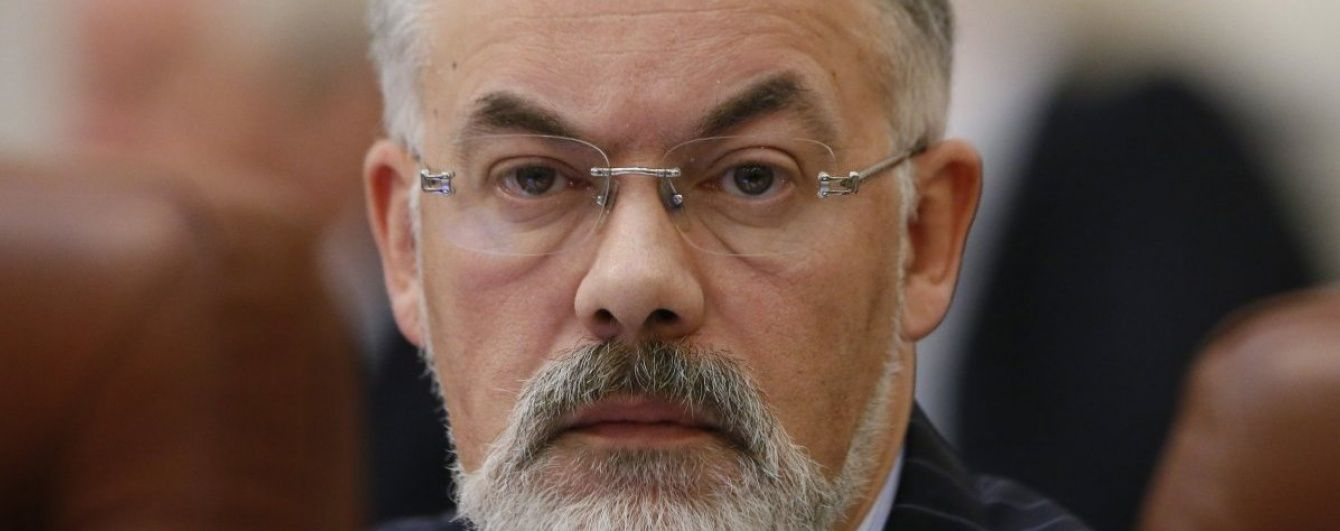 Суд арештував рахунки й дорогоцінні метали одіозного екс-міністра Табачника