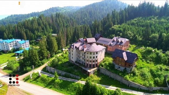 село Волосянка, маєток Медведчука