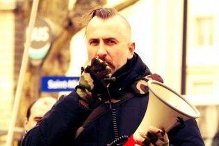 У Львові відкрили меморіальну дошку на честь оперного співака Сліпака, який загинув в АТО