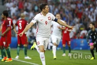 """Кабаре: польська зірка """"Баварії"""" прокоментував черговий """"Золотий м'яч"""" Роналду"""
