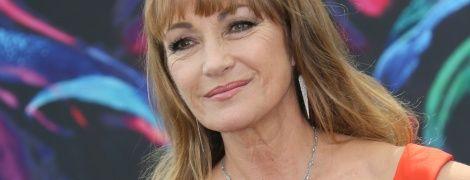 Еще ого-го: 69-летняя звезда бондианы Джейн Сеймур показала фото в купальнике