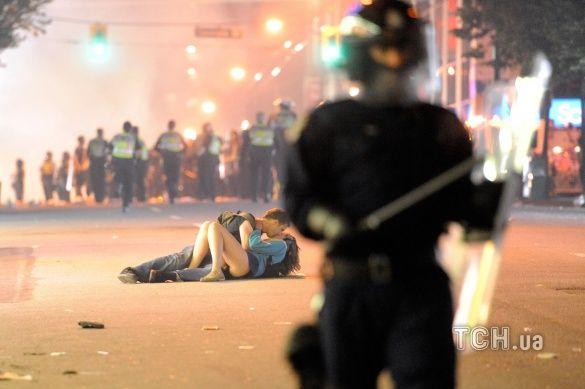 Поцілунок у Ванкувері
