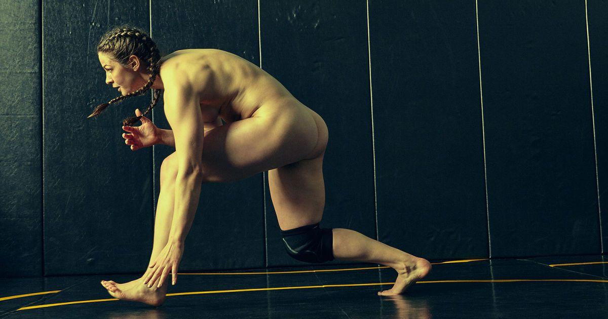 znamenitie-sportsmenki-erotika-kalendar