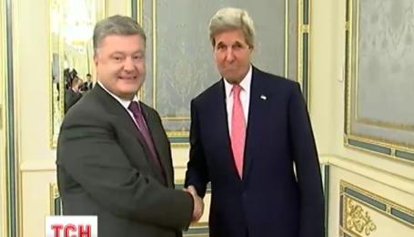 Госсекретарь США Джон Керри прибыл в Киев