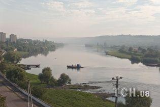 Західну Україну попереджають про підйом води у річках