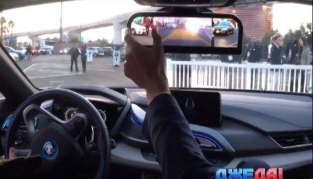 Япония первой официально разрешила заменять зеркала заднего вида на дисплеи