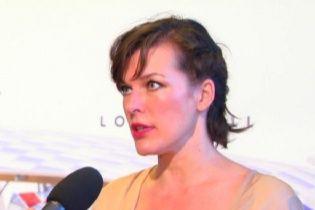 Мила Йовович невероятно обеспокоена напряженной ситуацией в Украине