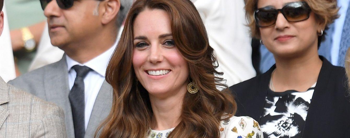 Герцогиня Кембриджская пришла на финал Уимблдона в дорогом платье от Alexander McQueen