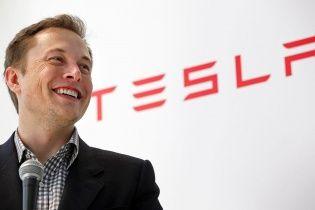 Наміри Ілона Маска зупинили торги акціями Tesla