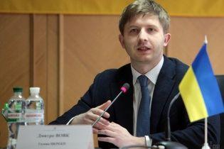 Глава НКРЭ посетовал на тяжелые отношения с Кононенко