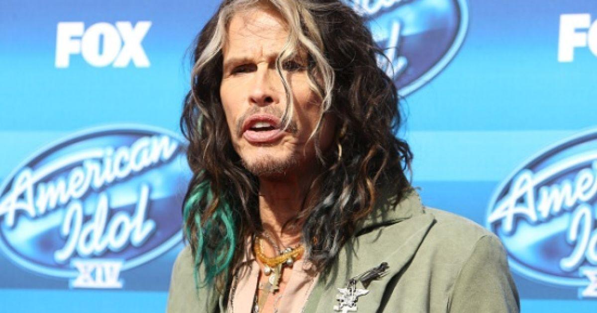 Лідер Aerosmith занепокоєний відсутністю новин про стан здоров'я госпіталізованого колеги