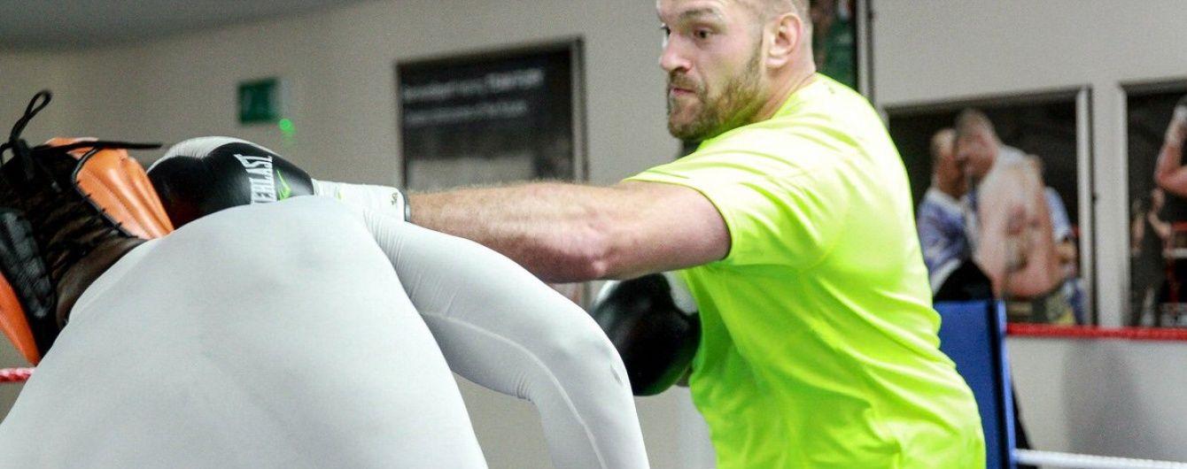 Тренер Ф'юрі пояснив, чому у його боксера сталася депресія