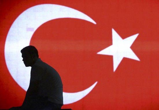 Суд Туреччини звільнив американського пастора, через якого США запровадили санкції
