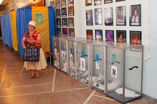 Росія продовжує домагатися присутності російських спостерігачів на українських виборах