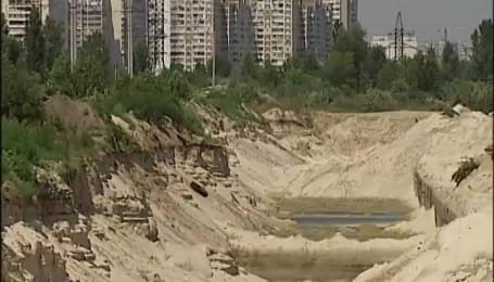 Депутатський звіт: як авторитети Миколаївщини заробляють мільярди на видобутку піску