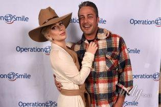 Сплетня дня: Леди Гага разорвала помолвку с бойфрендом