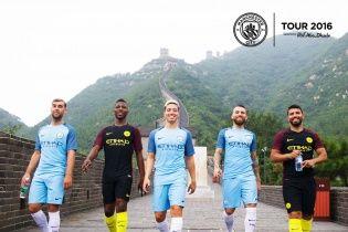 """""""Манчестер Сіті"""" презентував нову форму на Великій Китайській стіні"""
