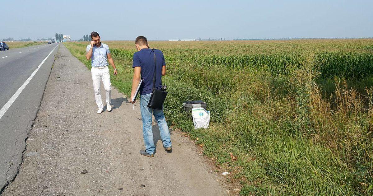 Неподалік Борисполя знайшли муляж вибухового пристрою @ Фото Івана Гребенюка/ТСН