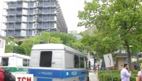 В Берлине пациент открыл стрельбу в одном из помещений клиники, есть раненые