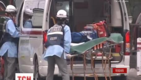 Нападающий, что зарезал 19 больных в японском пансионате, приехал в полицию и признался в содеянном