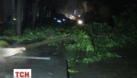 Третій за цей рік тайфун налетів на Китай