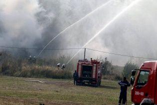 Під Києвом масштабно горіло звалище: вогонь знищив 600 кв.м сміття