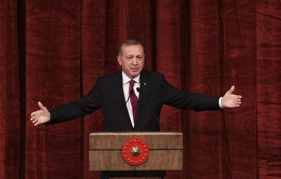 Наступ Туреччини в Сирії. Ердоган відмовився зустрічатися з Пенсом, а потім передумав