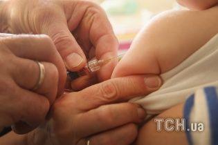 Вспышка кори в Украине: в Одесской области зафиксировали более 200 больных детей