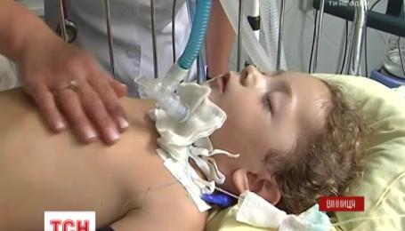 Четырехлетняя Настя из Винницы едва не погибла от столбняка