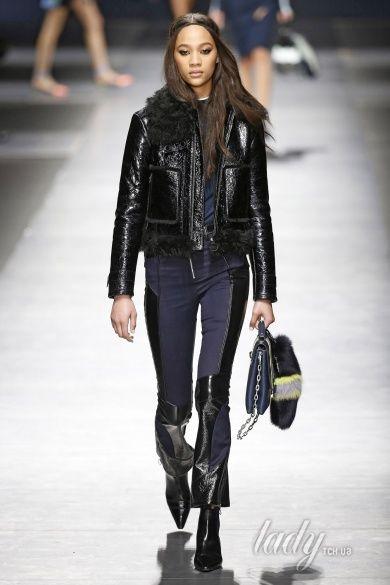 Коллекция Versace прет-а-порте сезона осень-зима 2016-2017_32
