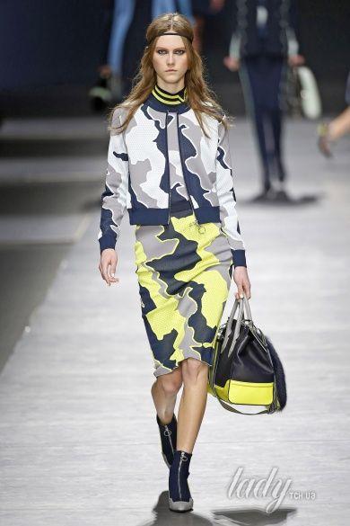 Коллекция Versace прет-а-порте сезона осень-зима 2016-2017_27