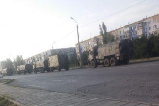 На Донбассе вблизи границы заметили колонны военных грузовиков РФ