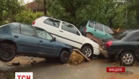 Удар мощного шторма унес десятки жизней в Македонии