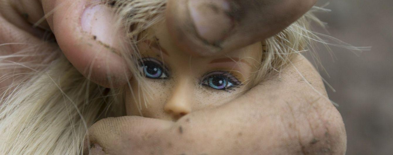 На Херсонщині чоловік ґвалтував трирічну дівчинку