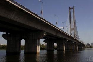В Киеве на две ночи ограничат движение по Южному мосту