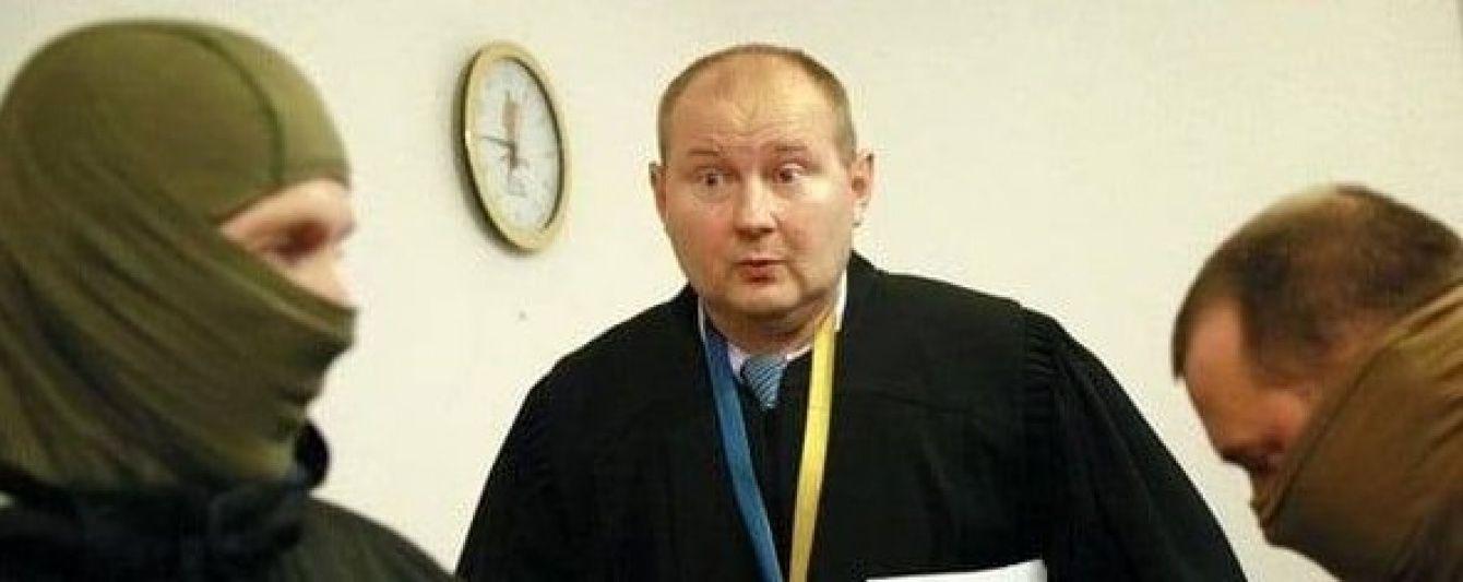 Задержанным на взятке в $ 150 тыс судьей оказался скандальный Николай Чаус – журналист
