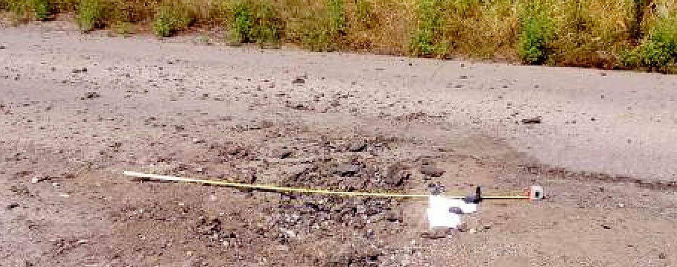 Бойовики на Луганщині потрощили дорогу регіонального значення