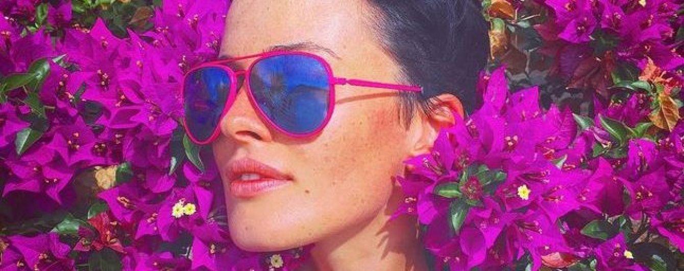 В цветах и бикини: Даша Астафьева проводит отпуск в Монте-Карло