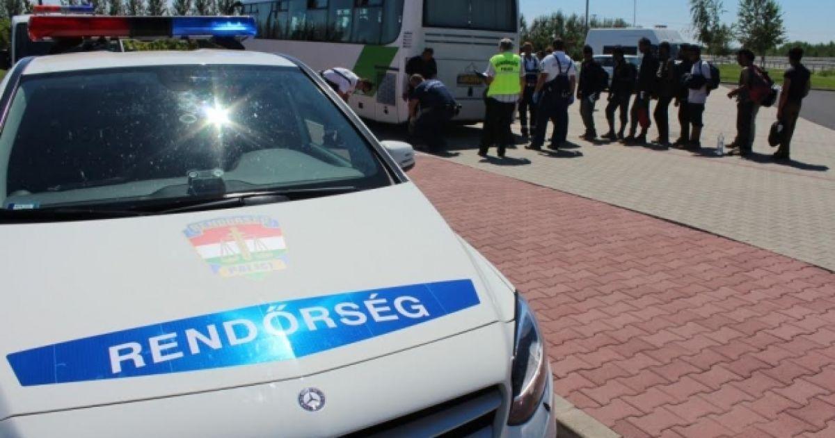 У нелегалов в микроавтобусе украинца не было шенгенских виз @ Mukachevo.net