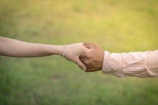 Закохані мати та син зі США боротимуться за право займатися сексом