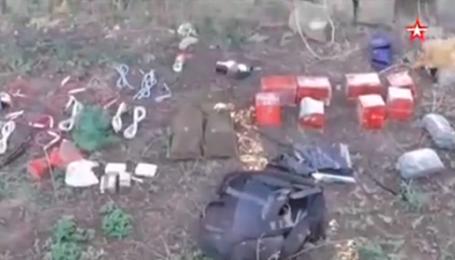 """ФСБ показала видео изъятой в """"украинских диверсантов"""" взрывчатки"""