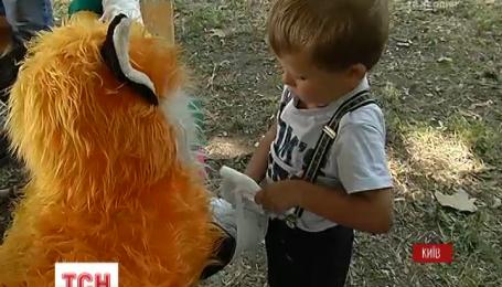 День ветеринара в Київському зоопарку: маленькі відвідувачі надавали допомогу тваринкам