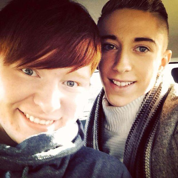 Трансгендерна пара