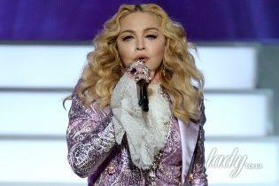 Именинница дня: самые провокационные кадры Мадонны